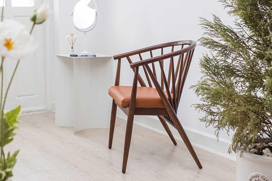 ghế ăn GENNY màu nâu gỗ đậm sang trọng