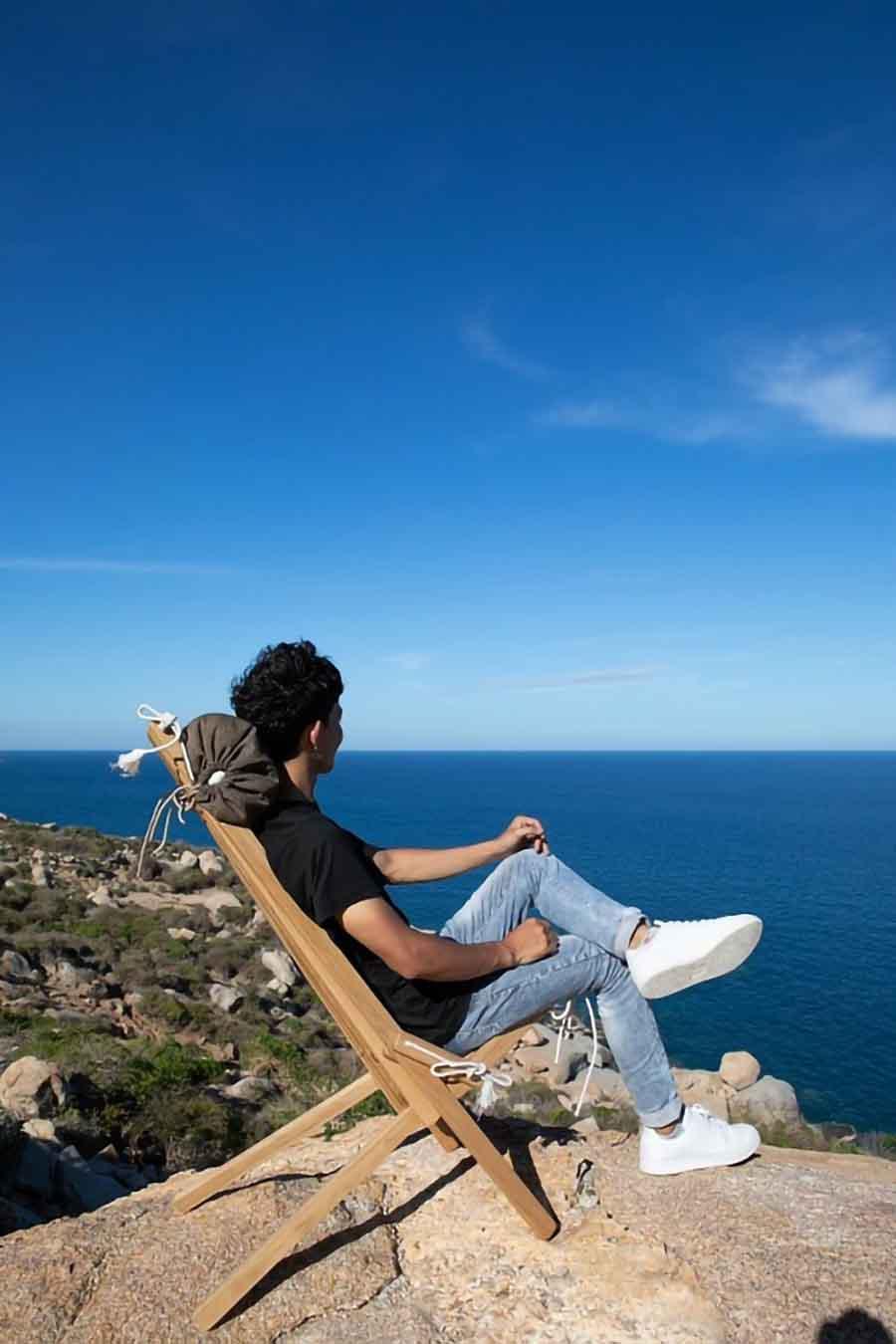 Thật tiện lợi khi luôn có một chiếc ghế thoải mái ởbất kỳ nơi đâu mình đến