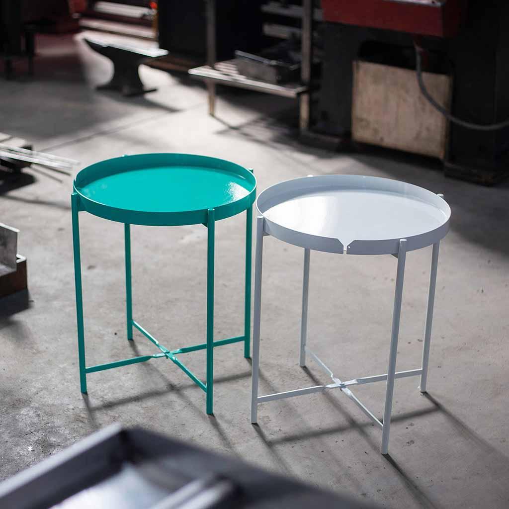 Bàn xếp gọn CANNES Teal kiểu dáng đơn giản, hiện đại, dẽ dàng tháo lắp, màu Teal tươi sáng cho không gian thêm sinh động.