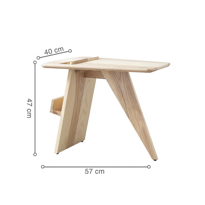 Kích thước nhỏ gọn, độc đáo nên bàn góc RISOM linh hoạt đặt được nhiều góc trong không gian và mang lại điểm nhấn ấn tượng.