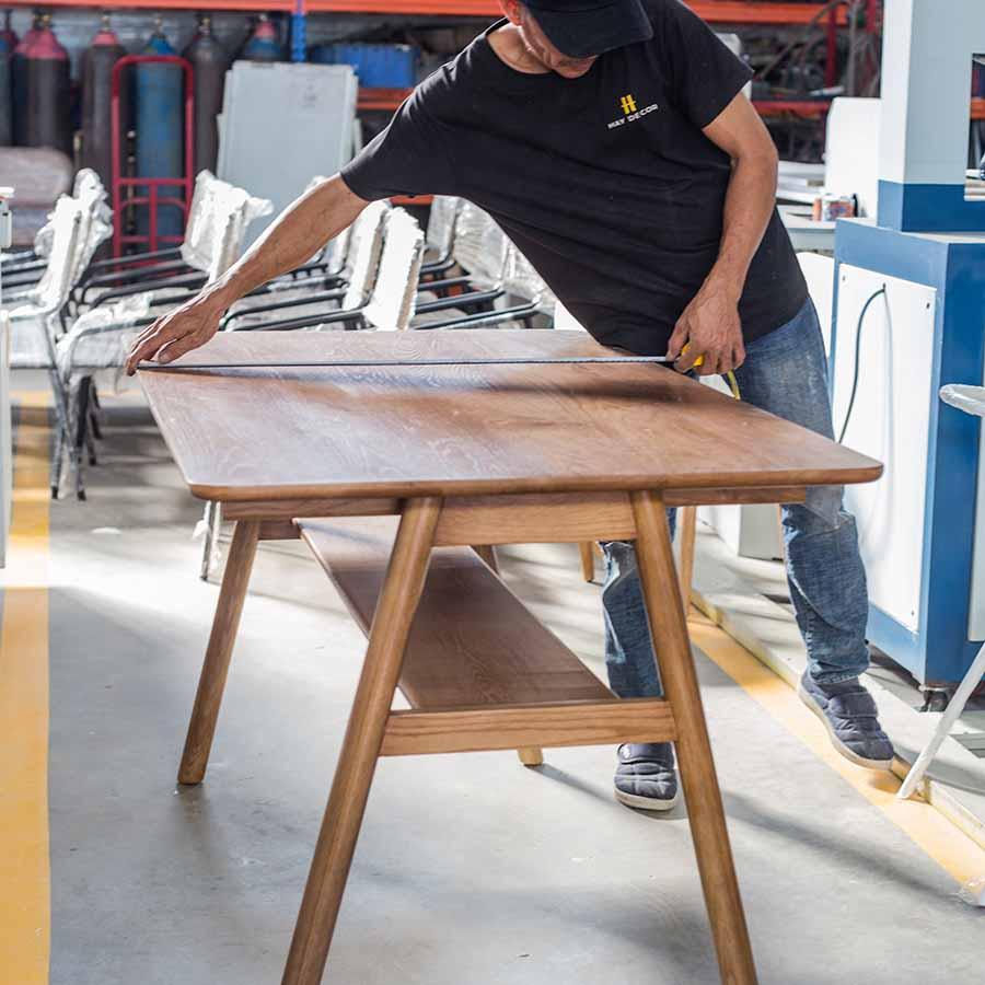 Bàn KEIKO được sản xuất tại xưởng HAY