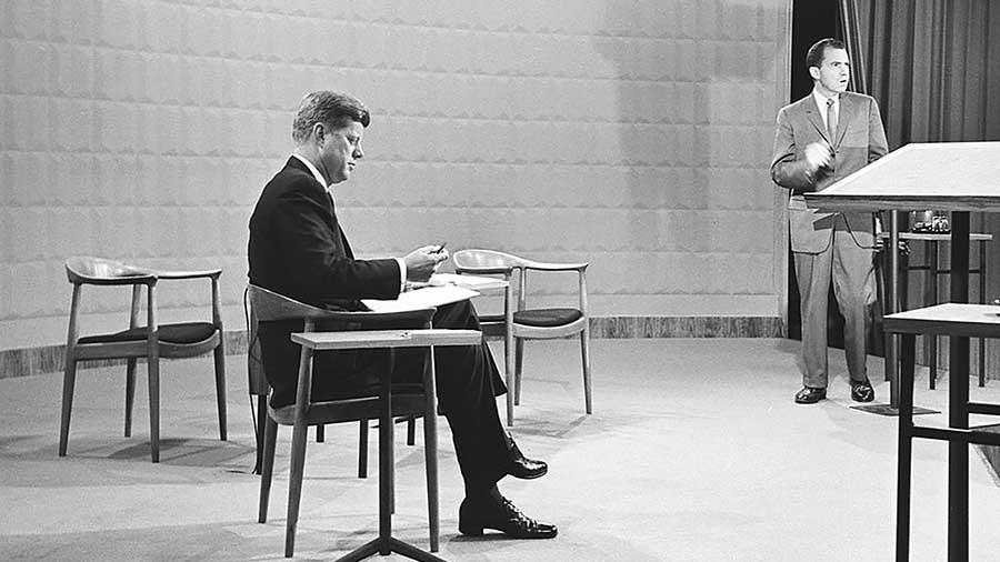 Tính đến nay đây là chiếc ghế duy nhất mang tên của một vị tổng thống – Ghế Kennedy