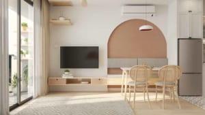 HAY sử dụng nội thất gỗ màu sáng ấm cùng kệ tivi gắn tường tiết kiệm diện tích, tinh gọn không gian.
